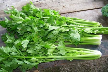 9 loại rau củ có nguy cơ ngấm nhiều hóa chất nhất  2