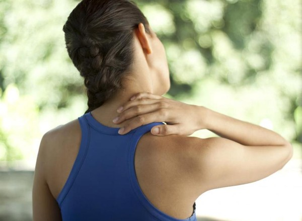 Bí quyết để ngăn ngừa các cơn đau cổ khi làm việc 1
