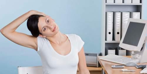 Bí quyết để ngăn ngừa các cơn đau cổ khi làm việc 2