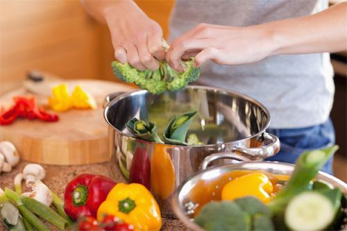 Những lưu ý về vệ sinh an toàn thực phẩm trong ngày Tết 2